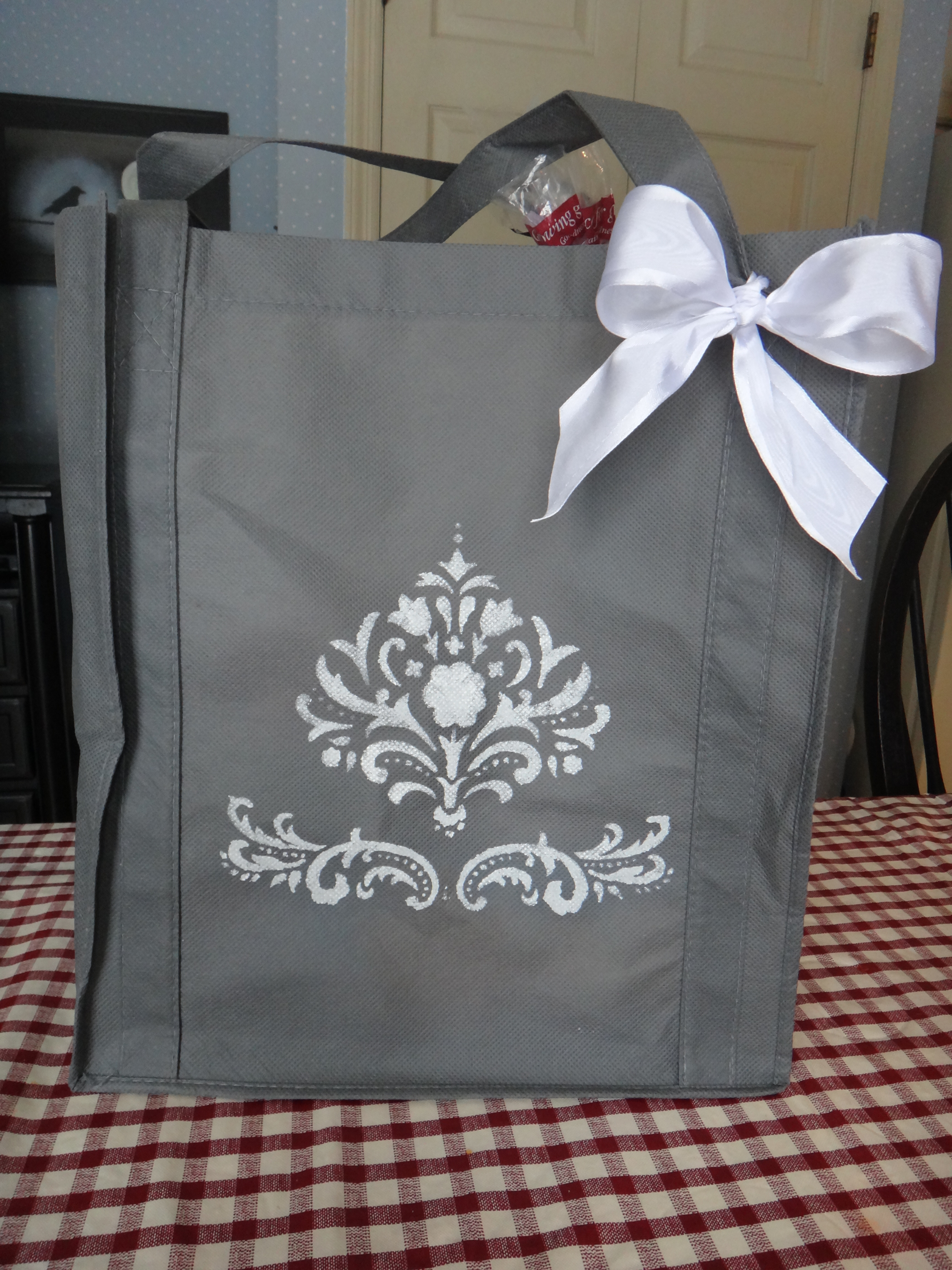 DIY Simple Stencil Reusable Shopping Bag – Create Your Grocery ...